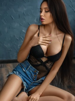 Sasha - New arrivals - St. Petersburg (Russia)- saint-petersburg-escorts.com